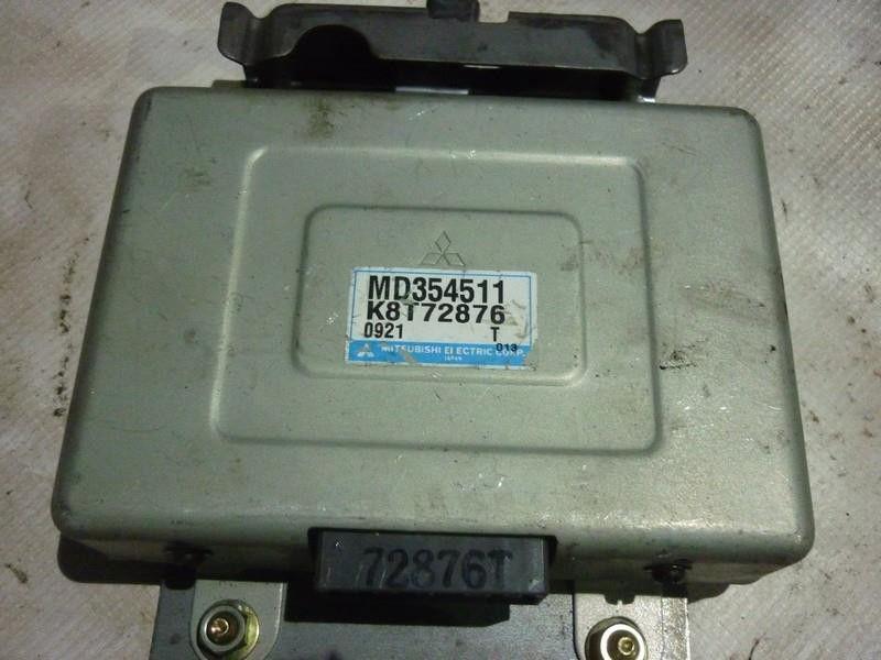 Блок управления двигателем на митсубиси паджеро