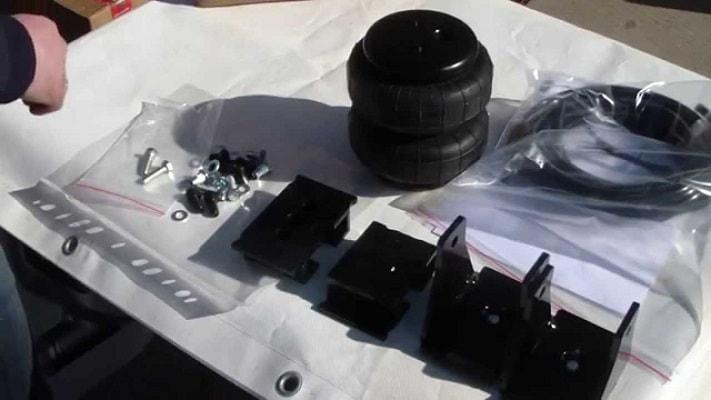 Задняя пневмоподвеска на mitsubishi l200
