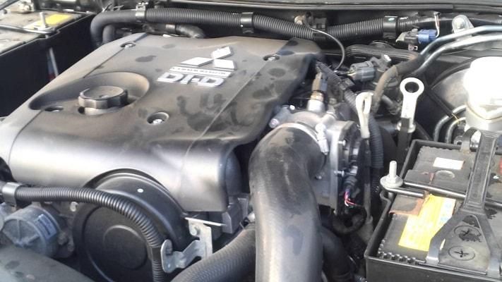 Двигатель Л200